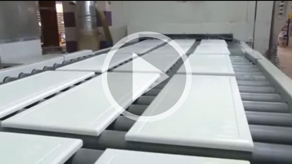 Производство мебели для ванной комнаты Акватон